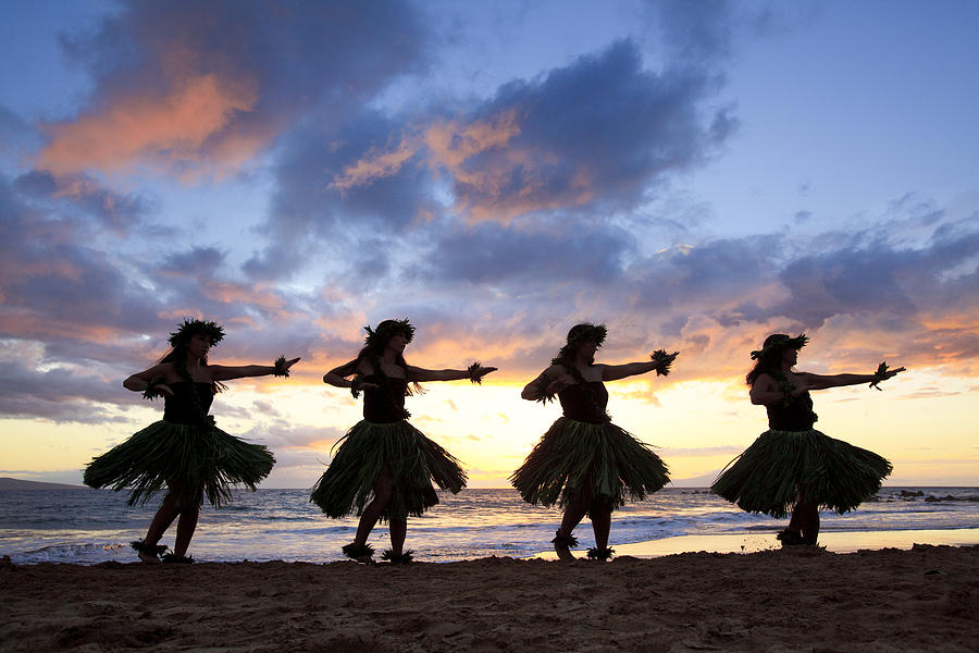 hula-dancers-at-sunset-david-olsen fineartamerica.com
